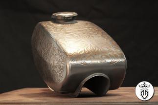 metal coating particolare serbatoio moto