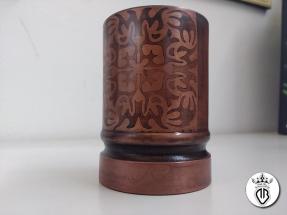portapenne in legno rivestito in rame e ossidazione controllata