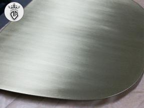 METAL-COATING-DALLA-BONA (201)_Interior design.seduta in ferro rivestito in ottone e satinato
